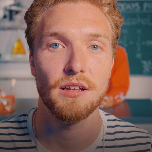 Afbeelding van Bastiaan neemt een groot risico en combineert alcohol met cocaïne | Drugslab